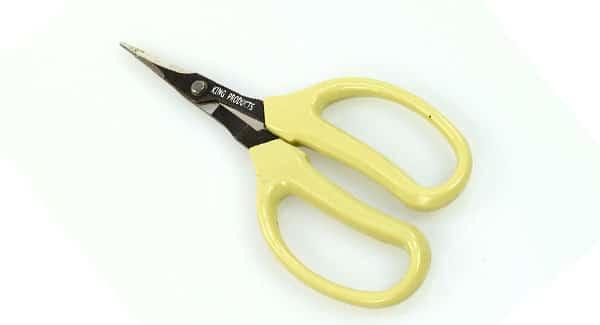 Wet trimming scissors